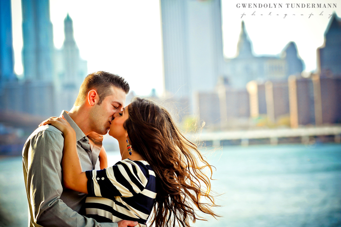Brooklyn-Bridge-Engagement-Photos-05