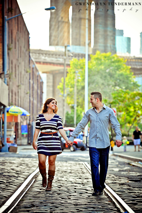 Brooklyn-Bridge-Engagement-Photos-09