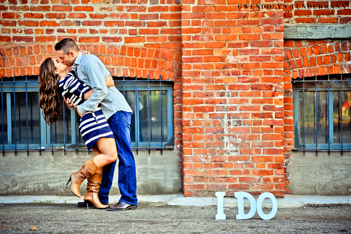 Brooklyn-Bridge-Engagement-Photos-11