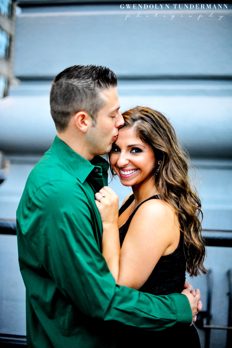 Brooklyn-Bridge-Engagement-Photos-17