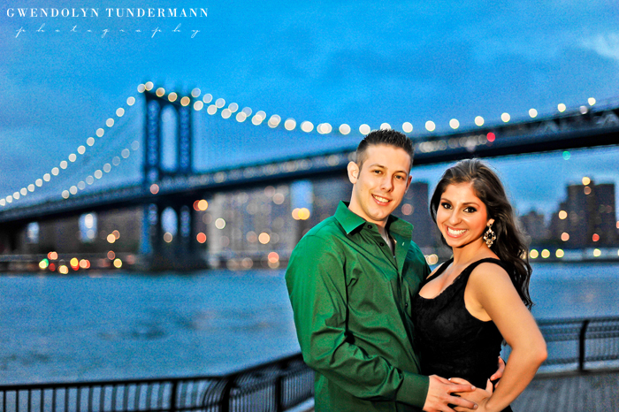 Brooklyn-Bridge-Engagement-Photos-19