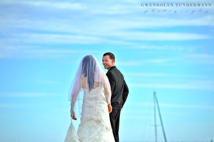 Del-Mar-Beach-Resort-Pendleton-Wedding-Photos-07
