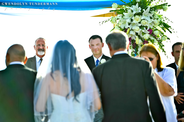 Del-Mar-Beach-Resort-Pendleton-Wedding-Photos-10