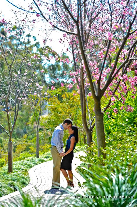 Japanese-Garden-Balboa-Engagement-Photos-12
