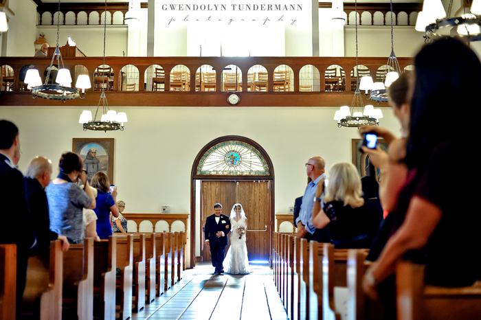 Immaculate-Conception-San-Diego-Wedding-Photos-08