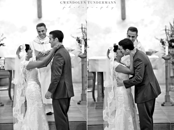 Immaculate-Conception-San-Diego-Wedding-Photos-16