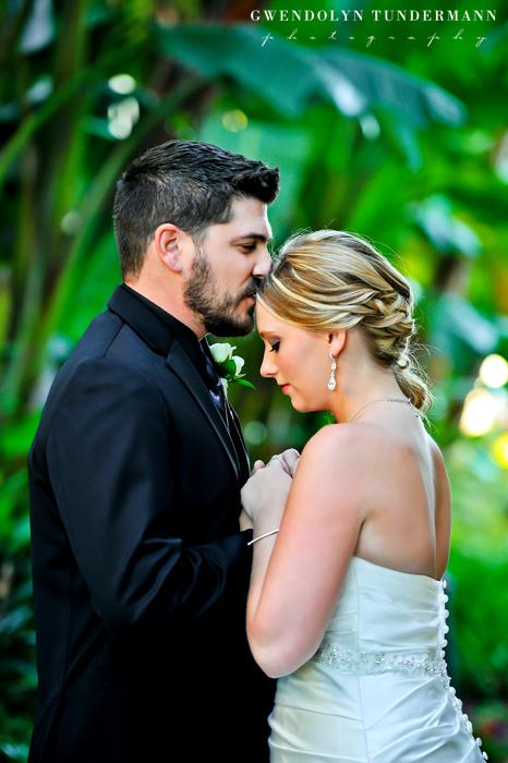 Island-Palms-Hotel-Wedding-Photos-08