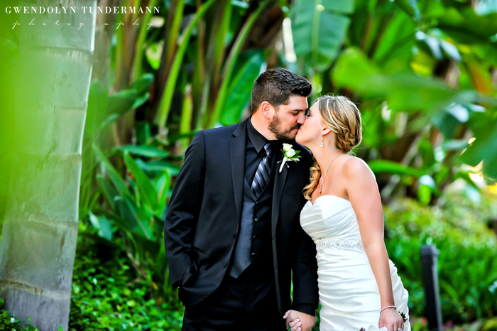 Island-Palms-Hotel-Wedding-Photos-09