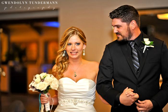 Island-Palms-Hotel-Wedding-Photos-25