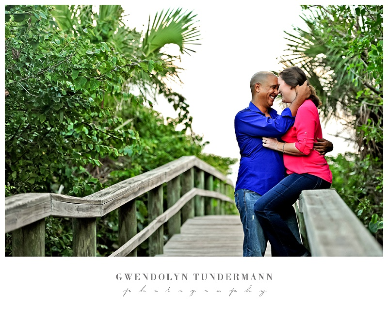 Cocoa-Beach-Engagement-Photos-05