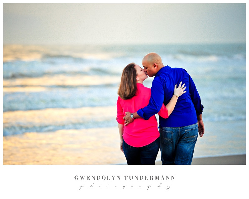 Cocoa-Beach-Engagement-Photos-06