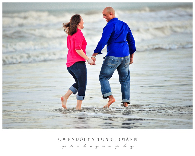 Cocoa-Beach-Engagement-Photos-07