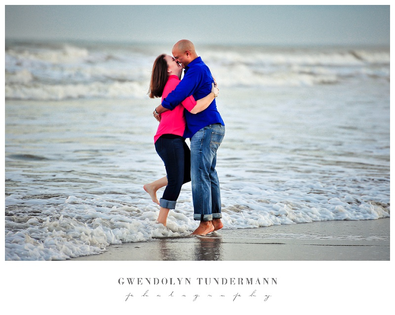 Cocoa-Beach-Engagement-Photos-08