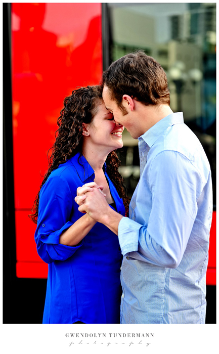 San-Diego-Gaslamp-Engagement-Photos_03