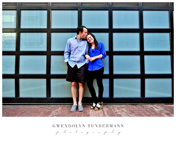 San-Diego-Gaslamp-Engagement-Photos_04