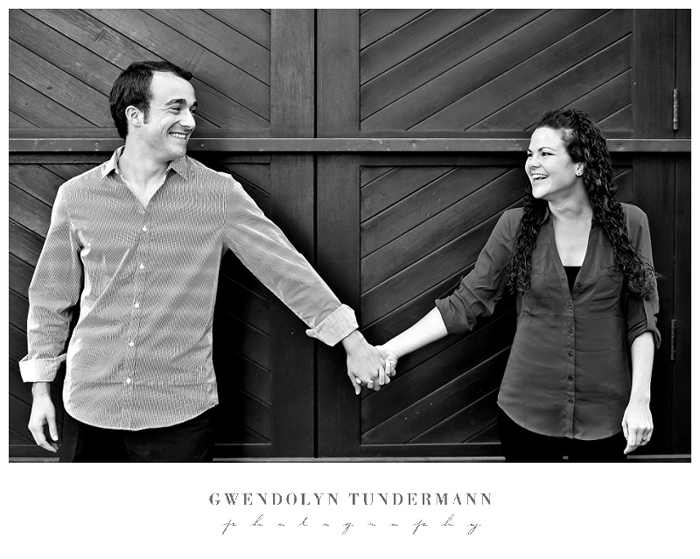 San-Diego-Gaslamp-Engagement-Photos_05