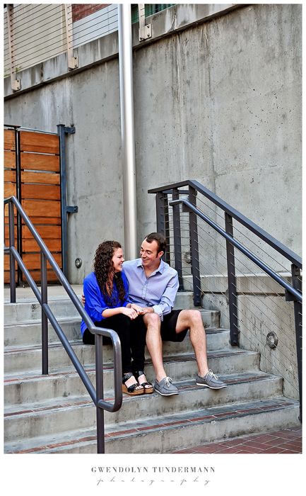 San-Diego-Gaslamp-Engagement-Photos_10