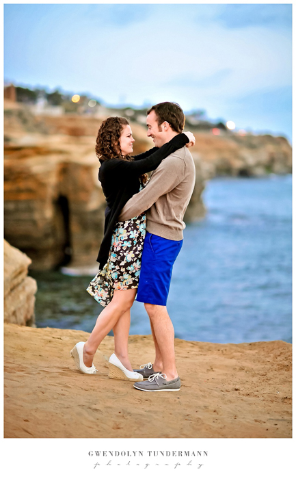 San-Diego-Sunset-Cliffs-Engagement-Photos_15