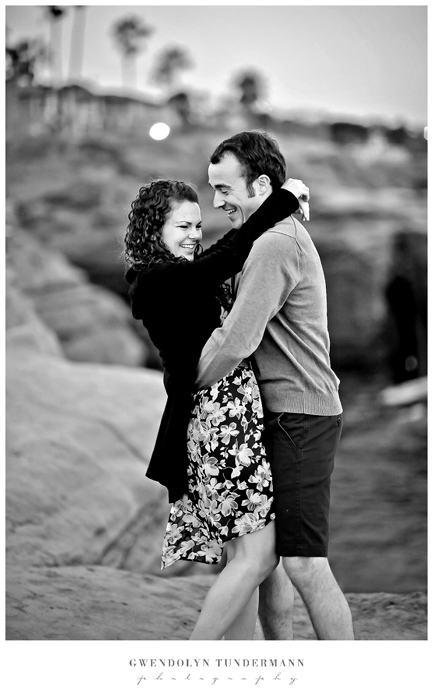 San-Diego-Sunset-Cliffs-Engagement-Photos_16