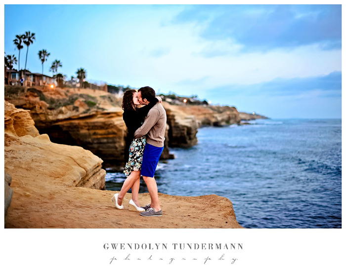 San-Diego-Sunset-Cliffs-Engagement-Photos_17