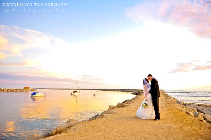Del Mar Beach Resort Pendleton Wedding Photos 22